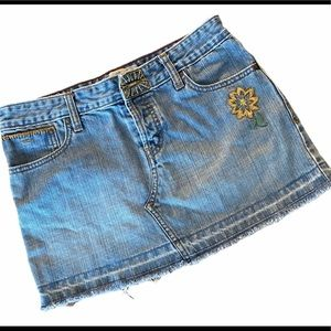 Levi's Floral Embroidery Distressed Denim Skirt
